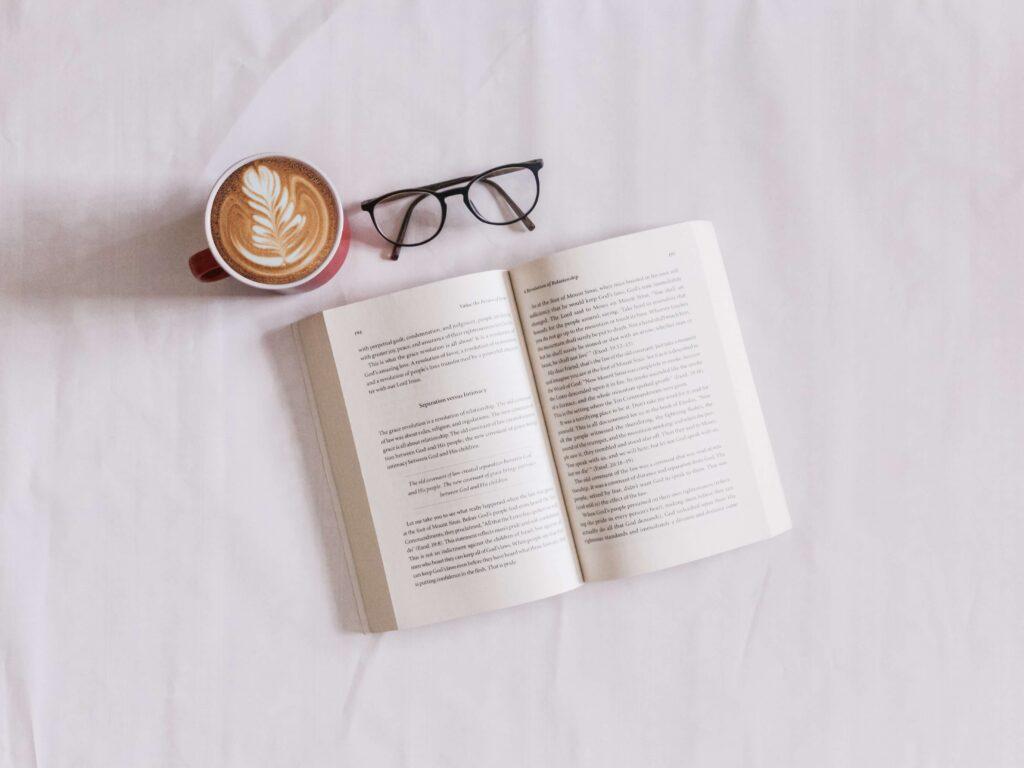 las ventajas de volver a leer en papel